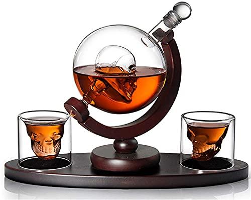 qwert Juego De Jarra Y Gafas para Vidrio En Vidrio con Calavera, Globo De Whisky con Base De Madera, 800 Ml con 2 Gafas para Licor, Escocés, Bourbon, Brandy, Vodka
