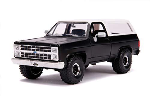 Jada Toys Just Trucks 1:24 1980 Chevrolet Blazer K5 Die-cast Car Black, Toys for Kids and Adults (31590)
