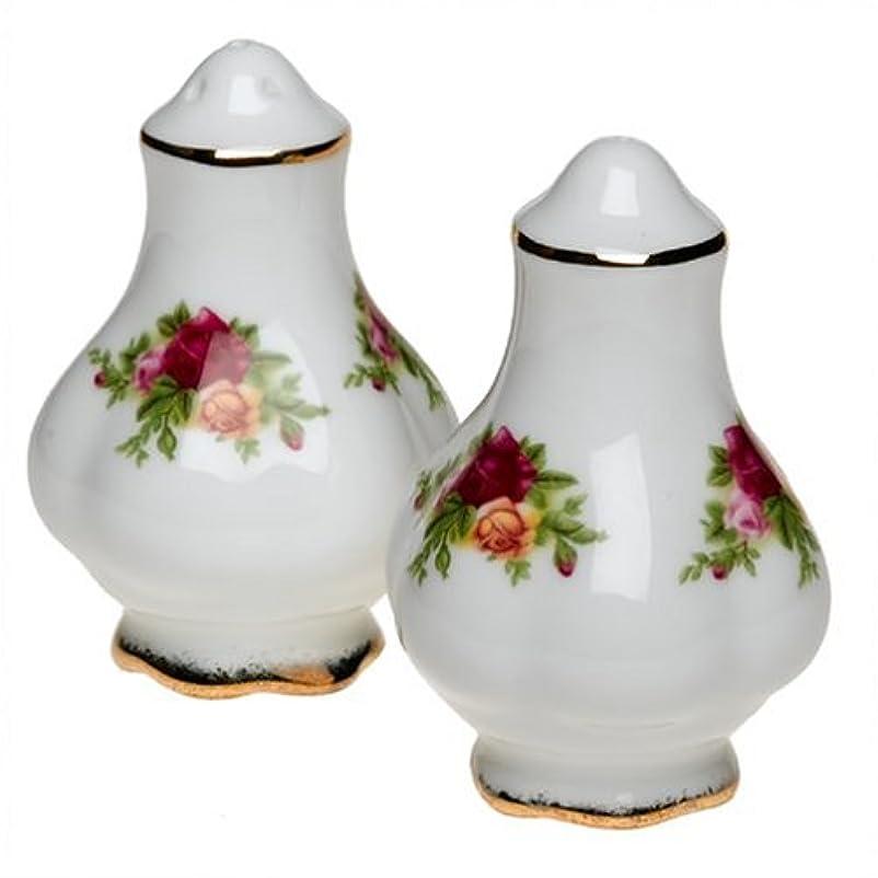 時間厳守三スピンRoyal Albert Old Country Roses 3-Inch Salt and Pepper Set by Royal Doulton