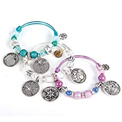 Design hot arm candy with cool and sunny weather-inspired charms! The craft kit includes beautiful beads to personalize your fashionable Charmazing bracelets! Hours of fun and creativity Contains:6 charms;3 bracelets;6 energy cards;Thread, chain & be...