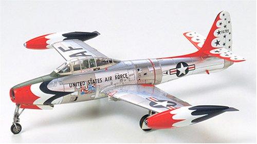 タミヤ 1/72 ウォーバードコレクション WB-62 F84Gサンダーバーズ