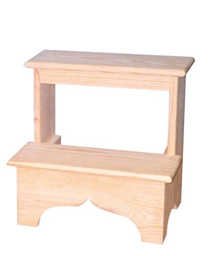Escalera de madera. En crudo, para pintar. 2 peldaños. Medidas (ancho/fondo/alto): 40 * 30 * 40 cms.