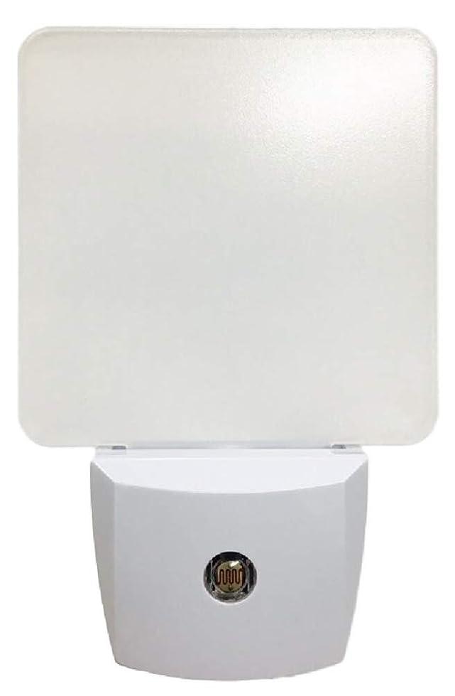 発動機宗教権限を与える(ウレロ) urello LED センサーライト 室内 コンセント 式 電球交換不要 オート 常夜灯 自動点灯 玄関ライト