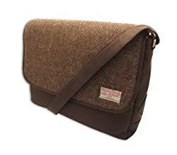 wool-made messenger bags are useful wool 7th anniversary gifts