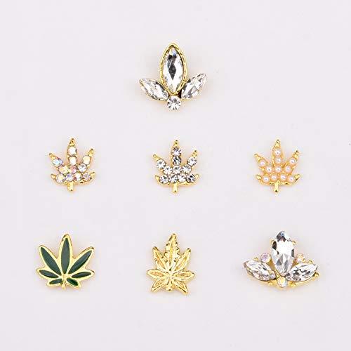 30pcs Gold 3D Nail Art Decorations 7...