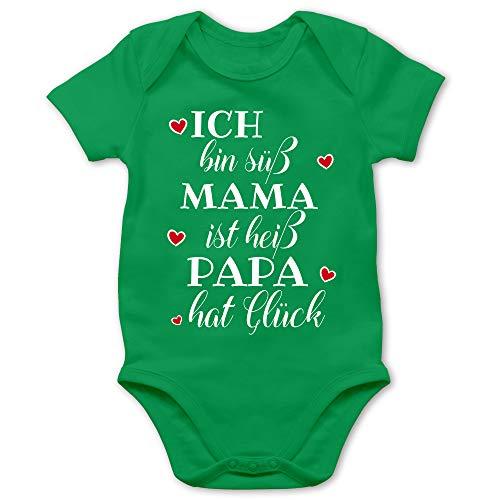Shirtracer Sprüche Baby - Ich Bin süß Mama ist heiß Papa hat Glück Herzen - 6/12 Monate - Grün - Baby Kleidung Jungen 0-6 Monate - BZ10 - Baby Body Kurzarm für Jungen und Mädchen