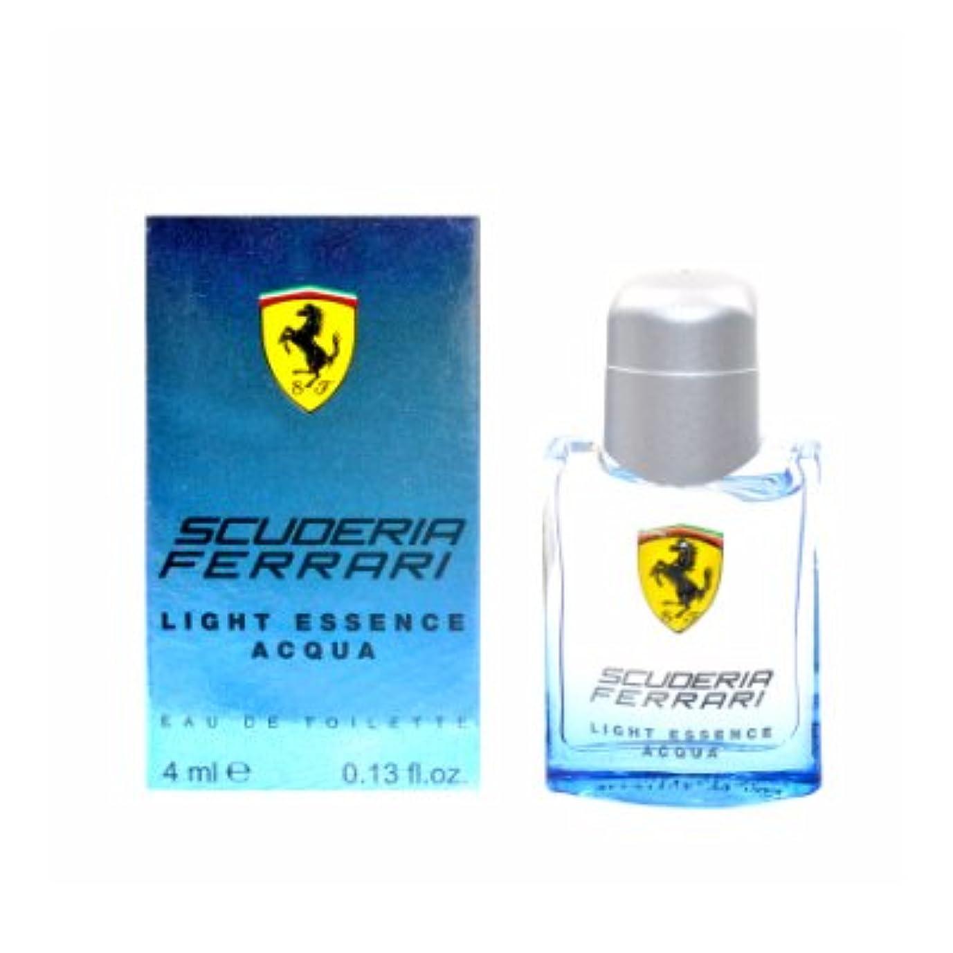 繁雑放棄する一般化するFerrari Scuderia Light Essence Acqua EDT Mini 4ml(フェラーリ スクーデリア ライト エッセンス アクア オードトワレ ミニ 4ml)[海外直送品] [並行輸入品]