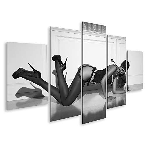 islandburner Cuadro en Lienzo Mujer Sexy con protección Ocular de Encaje y Ropa Interior arrodillada en el Suelo con látigo en la Pared Vintage Blac Cuadros Modernos Decoracion Impresión Salon