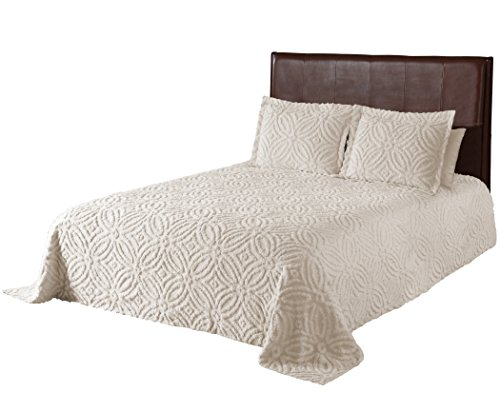 Beatrice Home Fashions Wedding Ring Chenille Bedspread, Queen