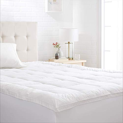 AmazonBasics Down-Alternative Gusseted Mattress Bed Topper Pad - Queen
