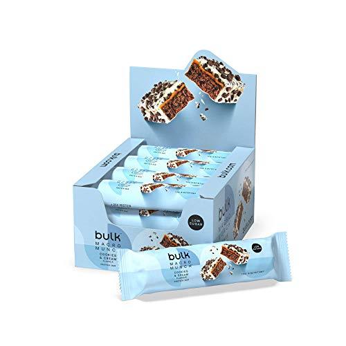 Bulk Macro Munch Protein Bar, Crumblin' Cookies and Cream, 62 g, Pack of 12, Packaging May Vary