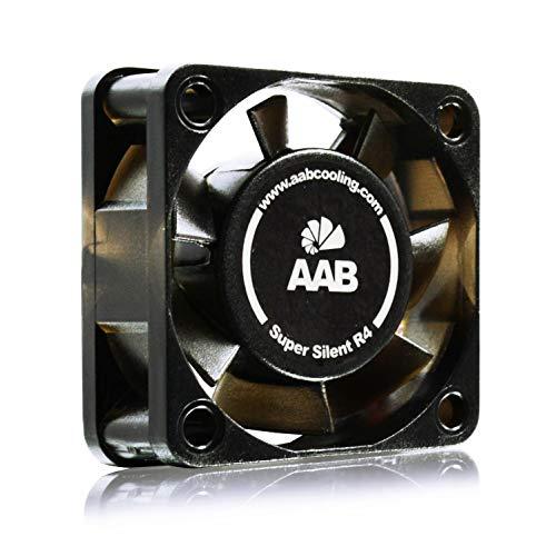 AABCOOLING Super Silent R4 - Leise und Efizient 40mm Gehäuselüfter mit 4 Anti-Vibration-Pads und 9V Spannungsreduzierer - Silent Lüfter, Mini Ventilator, Cooling Lüfter, 3D Drucker 7,9 dB (A)
