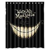 Fashion_Man We 're All MAD HERE - Cortina de ducha impermeable de tela de poliéster con ganchos, decoración de Halloween, 152 x 180 cm