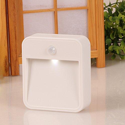 Lumière de nuit de capteur de mouvement, CONMING Sans fil Motion-Sensing lampe à piles LED Stick-Anywhere Night Light pour la salle de bains Chambre à coucher Escaliers Couloir