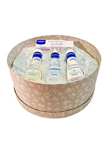 Caja de regalo pañales DODOT + productos MUSTELA