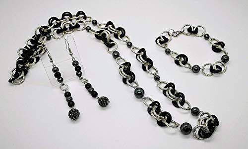 Silver and black set with natural hematite. Gift idea made in Italy
