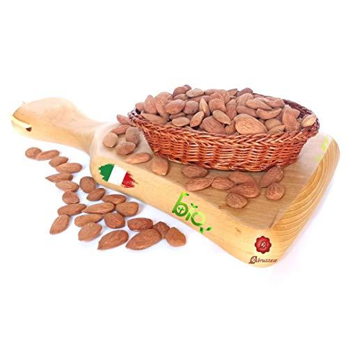 Mandorle sgusciate 1 kg italiane intere bio biologiche naturali secche essiccazione al sole per cucina dispensa dolci alimentazione benessere 1000gr Italia sicilia siciliane da L'ABRUZZESE
