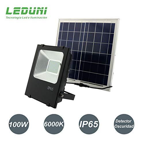 Foco LED Solar Exterior 100W Negro 6000LM IP66 Impermeable Luz Blanca 6000K Ángulo 120º Con Placa Solar y Mando Remote Jardín Patio Terraza Camping