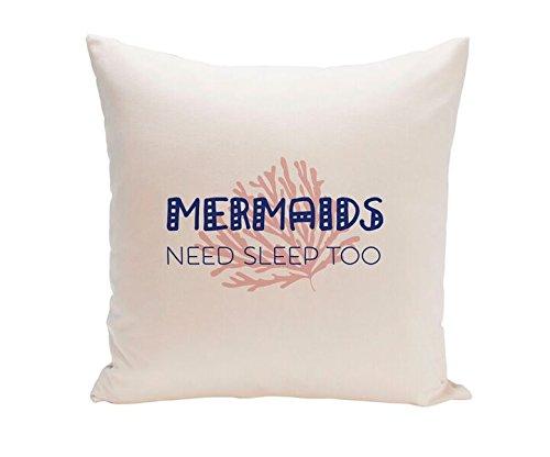 UO Funda de Cojín con Embalaje, Estampado Mermaids Need Sle
