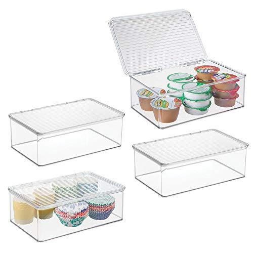 mDesign Set da 4 Contenitori per alimenti con coperchio – Organizer frigorifero per mantenere al fresco il cibo – Scatole in plastica impilabili con coperchio – Capacità 3,1 litri – trasparente