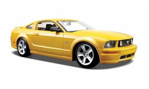 Ford Mustang GT Coupe, gelb, 2006, Modellauto, Fertigmodell, Maisto 1:24