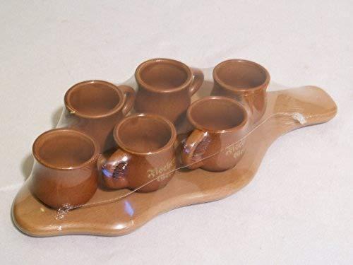 Holzbrett mit 6 Tonkrügen Keramikkrug von Fischergeist Serviertablett