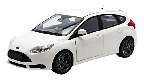 Minichamps - 110082004 - Ford Focus ST - 2012 - 1/18 Escala - Blanco