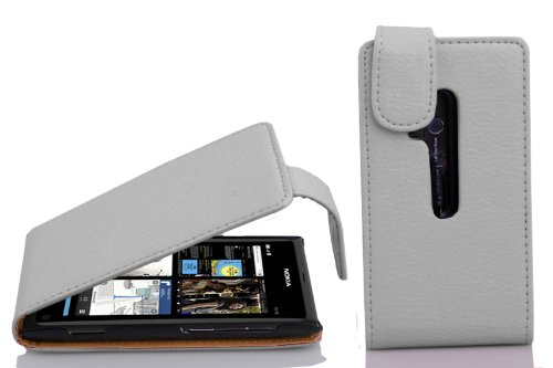 Preisvergleich Produktbild Cadorabo Hülle für Nokia Lumia 800 in Magnesium WEIß - Handyhülle im Flip Design aus Strukturiertem Kunstleder - Case Cover Schutzhülle Etui Tasche Book Klapp Style