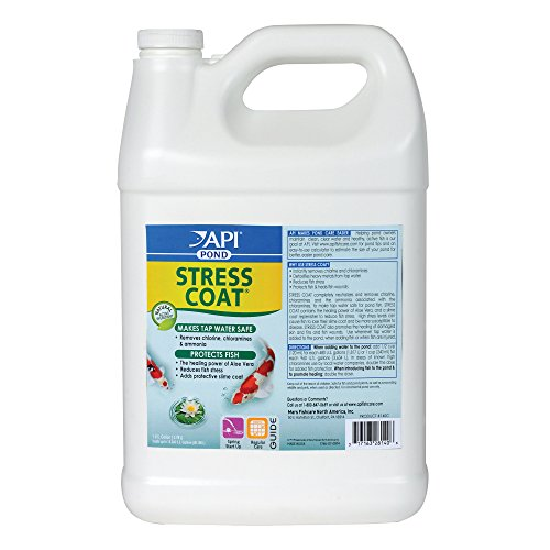 API POND STRESS COAT Water conditioner For Pond 1-Gallon Bottle