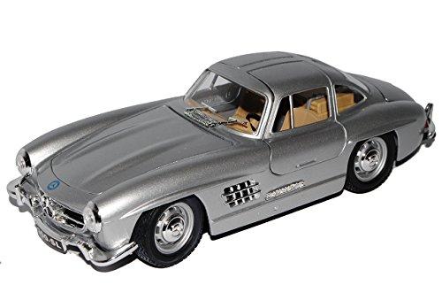 MERCEDES-BENZ 300SL 300 SL SILBER SILVER COUPE OLDTIMER 1/24 BBURAGO BURAGO MODELLAUTO MODELL AUTO