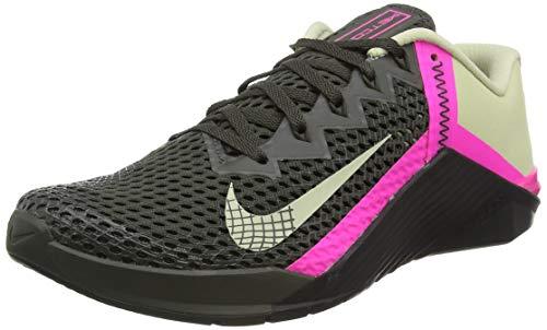 Nike Herren Metcon 6 Soccer Shoe, Newsprint/Veranda-PINK Blast-Veranda, 42.5 EU
