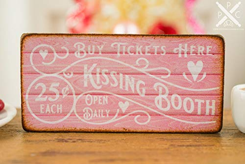 HRHRHREU Gemaakt om te bestellen Kussen Booth Valentijnsdag Teken Houten Plaque Valentijnsdag Teken