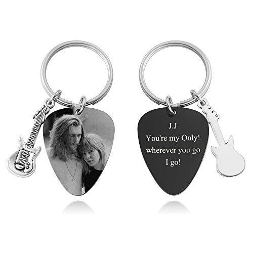 Personalized Master Custom Photo keychain Pendant Free Engraving Stainless Steel Guitar Pick Keychain Key Ring for Dad Husband Boyfriend Musician Guitarist Gift