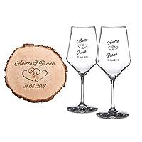 """I calici da vino in stile classico e il disco di tronco d'albero sono prodotti artigianalmente per coppie di innamorati Incidiamo i bicchieri con 2 nomi e una data a scelta; per comunicarceli, utilizzate l'opzione """"Personalizza Ora"""" in alto a destra ..."""