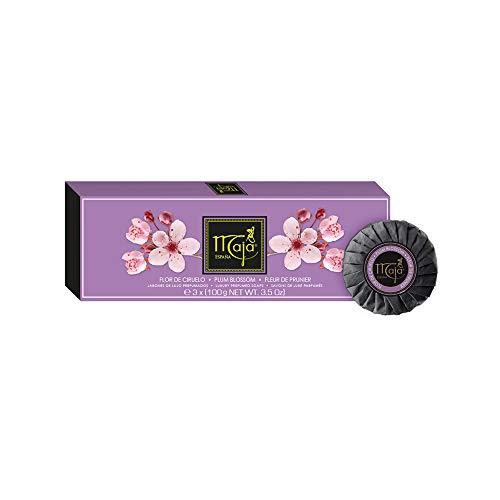 Maja Seifenset Pflaumenblüte - Parfümierte Luxusseife in hochwertiger Verpackung - weiblich, süßer Duft - Geschenkidee - 1er Pack (3x100g)