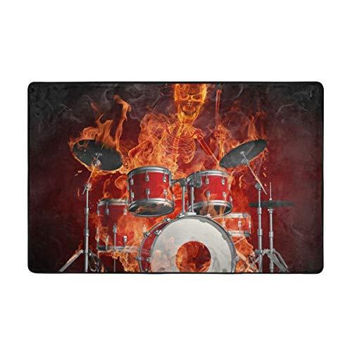 Codruy Badematte,Feuerschädel spielt Schlagzeug Rock Coole Persönlichkeit,Rutschfester Badezimmerteppich Teppich