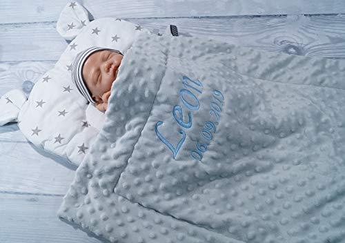 Zweilagige Decke mit Namen + Kissen mit Ohren - Baumwolle - Kinderwagen - MINKY - 50x75 cm - (Hellgrau - Sternen 3)