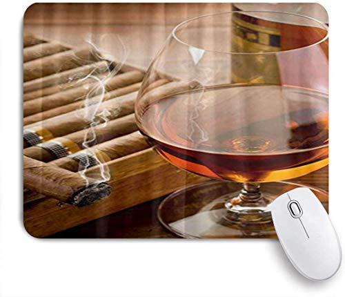 Mauspad Mauspad Brauner Schnaps in Tasse mit Zigarre Individuelles Kunst-Mousepad rutschfeste Gummiunterlage für Computer Laptop Büro Schreibtisch Zubehör