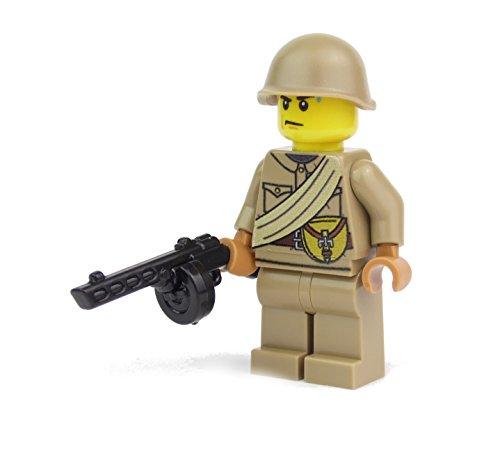 Russischer Soldat   Ausgerüstet mit BrickArms PPSh und Helm   Bedruckte Custom Figur