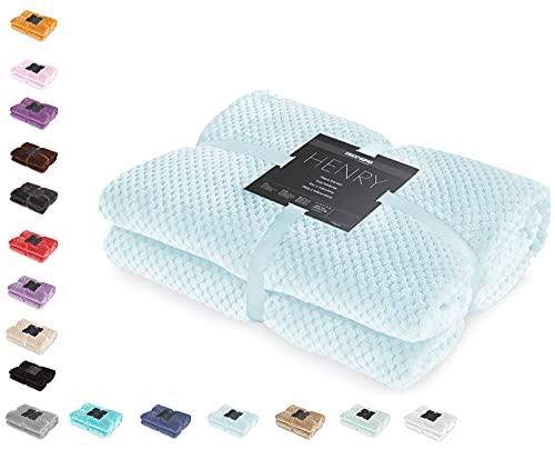DecoKing Kuscheldecke 150x200 cm hellblau Decke Microfaser Wohndecke Tagesdecke Fleece weich sanft kuschelig skandinavischer Stil hellblau Henry