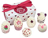 Bomb Cosmetics Little Box of Love - Globos de baño hechos a mano
