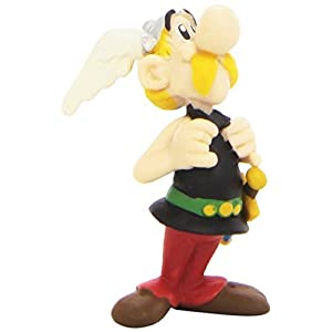 Asterix holding his braces Figure by Astrix and Oblix 5