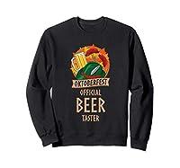 Dégustateur officiel de bière. Si vous aimez la bière, la saucisse, la choucroute, les bretzels, les escalopes, les lederhosen et les groupes oompah, l'Oktoberfest est l'endroit qu'il vous faut. 241 g, coupe classique, col tissé