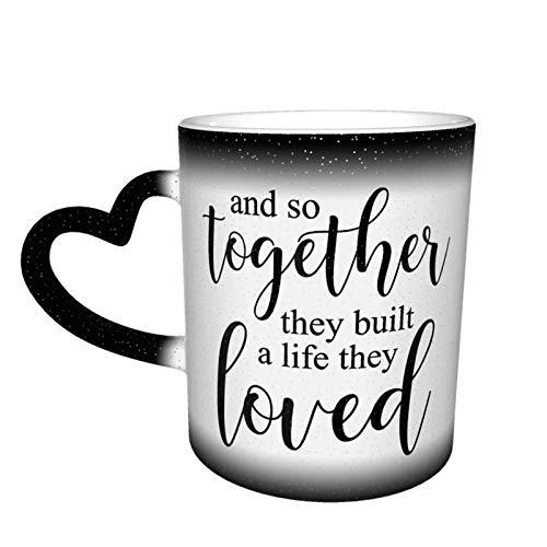 y así juntos construyeron una vida que les encantó Taza que cambia de color Gran diseño de taza de café Taza de cerámica sensible al calor, 11 oz-29