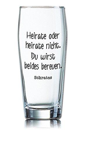 PorcelainSite Geschenkideen GmbH Lustiges Bierglas Willibecher 0,5L - Dekor: Heirate oder heirate Nicht, Du wirst beides bereuen. -Sokrates-