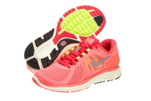 Nike Women's Lunareclipse\+ 2 Running Shoe,Hot Punch/Siren Red/Cashmere/Metallic Silver,6 B US