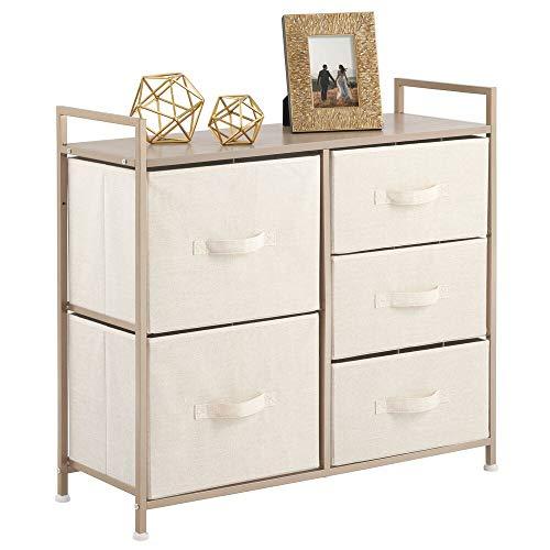 mDesign Cajonera de metal y tela con 5 cajones – Ancha cómoda para dormitorio, sala de estar o pasillo – Mueble organizador para ropa con balda de madera MDF – crema y dorado