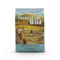 Highly digestible venison. Small kibble size make this formula easy onyour small breed dog's tummy and teeth. Rich in proteins and fat, thisformula provides the energy that active small dogs need. highly digestible venison. small kibble size make t...