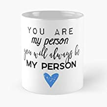 5TheWay Cristina Friends My Person Best Are Meredith Yang Friendship and Goals Grey You Taza de café con Leche 11 oz