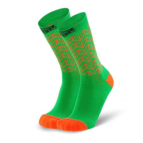 Splends Tennissocken Kick Serve Grün Unisex, Frauen & Männer - lange Socken aus Coolmax - ideal als ausgefallenes Geschenk für Oma, Mama, Opa, Papa, beste Freundin oder Freund, Schwester (45)